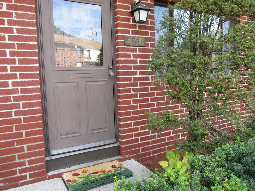 438 FARRWOOD DRIVE, HAVERHILL, TOWNHOUSE STYLE, CONDO
