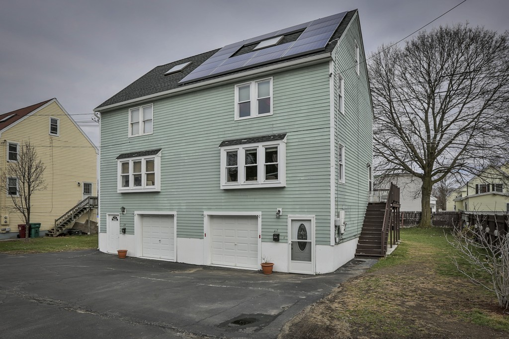 27 Manchester Street, Lowell, MA  01852