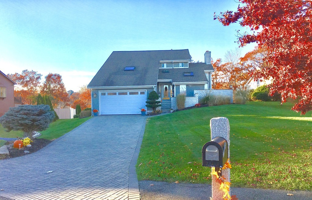 1 Rockland Terrace, Saugus, Single Family Home