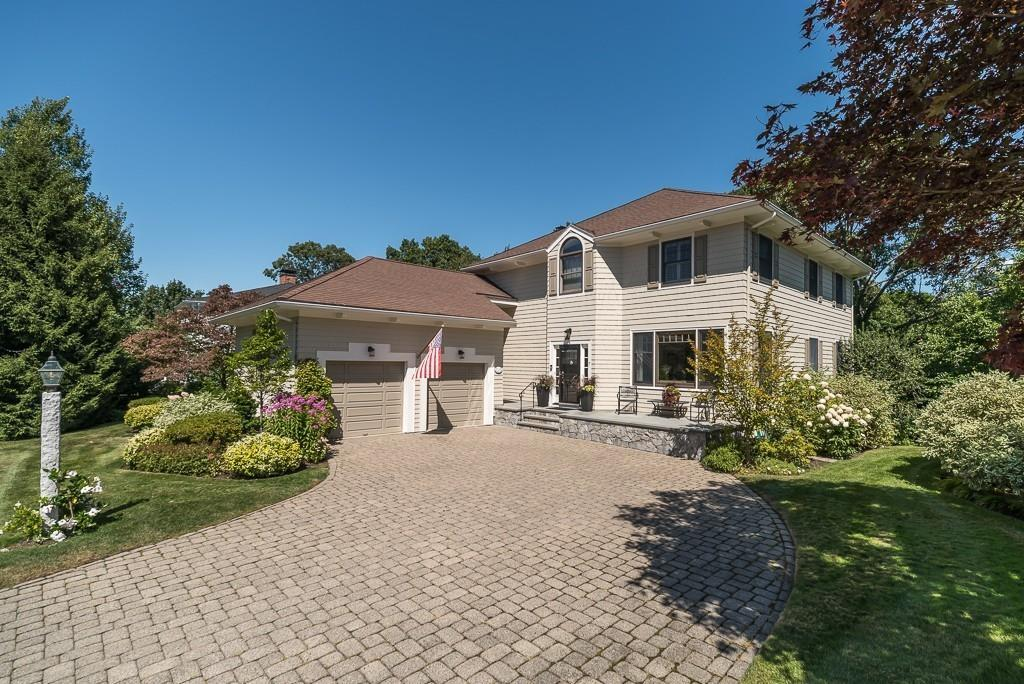 RE/MAX Advantage Real Estate - Offices in Beverly ... on