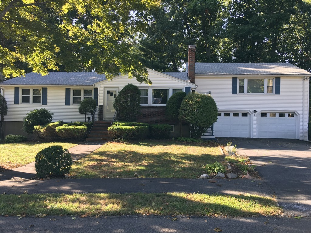 9 Pinewood Road, West Peabody, Single Family Home