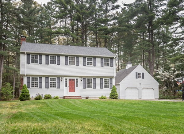 11 Enfield Drive, Andover, MA 01810